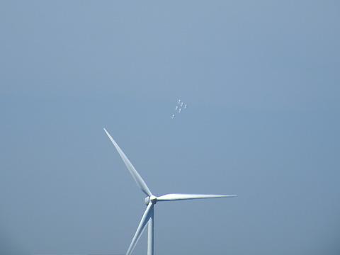 巨大扇風機を壊滅せよ